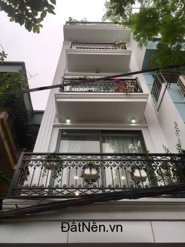 Bán nhà 5 tầng mặt phố Cù Chính Lan, KDoanh siêu lợi nhuận, vỉa hè rộng, chỉ 12,8 tỷ