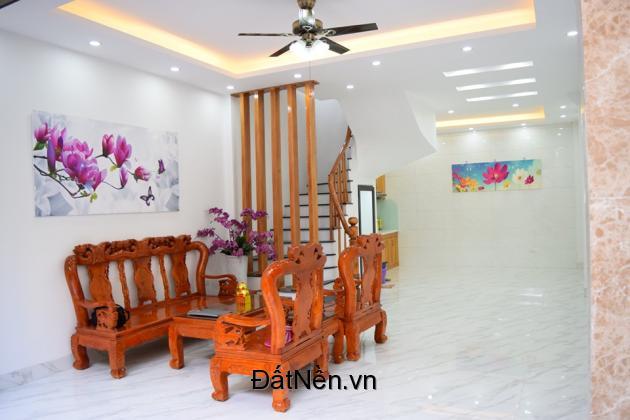 Nhà mới siêu đẹp 50m2 x 4 tầng, sổ đỏ chính chủ, Vĩnh Hưng, Hoàng Mai