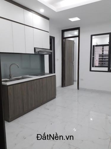 Cực Sốc: CCMN Nguyễn Khang 45m2- 2 ngủ chỉ 800tr/căn full nội thất