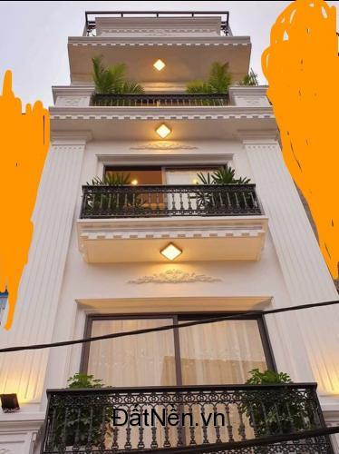 Bán gấp nhà 4 tầng, 50m2, sổ đỏ chính chủ, vị trí đẹp, phố Vĩnh Hưng. LH O9258383O5