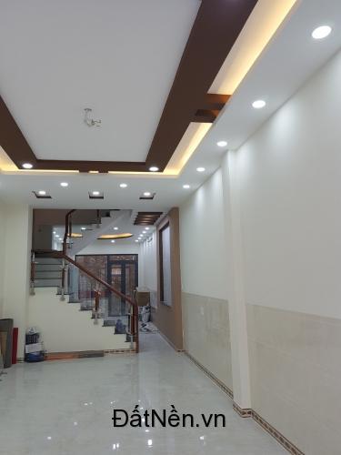 Sở hữu ngay nhà Mặt tiền 4 tấm đường số Tên Lửa, Bình Tân. DT 4x17m, 4PN, có sân ô tô nhà mới SỔ HỒNG