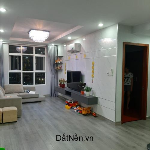 Cần bán gấp căn hộ Hoàng Anh Thanh Bình 3PN 114m2 giá 3.3 tỷ
