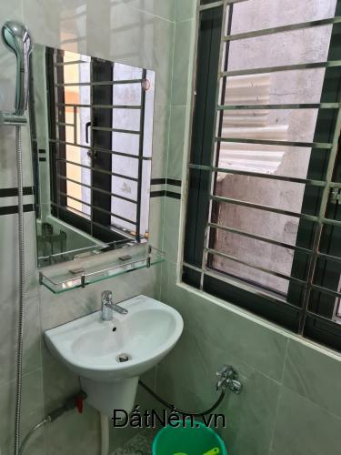 Cho thuê phòng trọ 59 Bis F Hồ Hảo Hớn, Phường Cô Giang, Quận 1