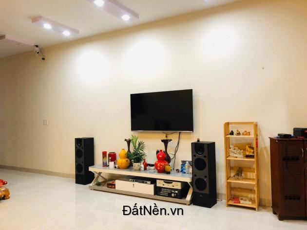 Cần bán nhà vị trí đẹp tại Nha Trang