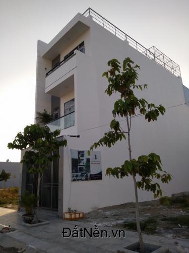 Cho thuê hoặc bán nhà KĐT Hoàng Long, Nha Trang
