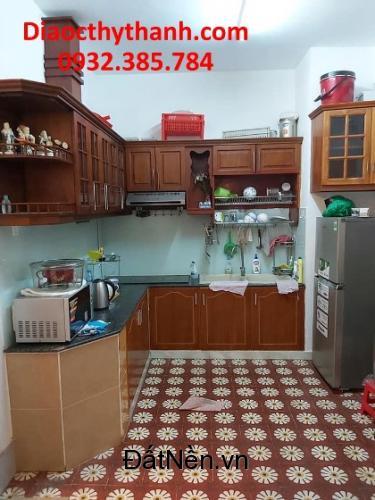 Cần cho thuê nhanh căn hộ quận 4 giá chỉ 11tr/tháng. Lh 0932385784