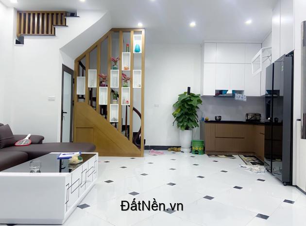 Bán Nhà đẹp chuẩn chỉnh Thanh Xuân – 5 tầng – MT 4,5m – Giá cực hợp lý.