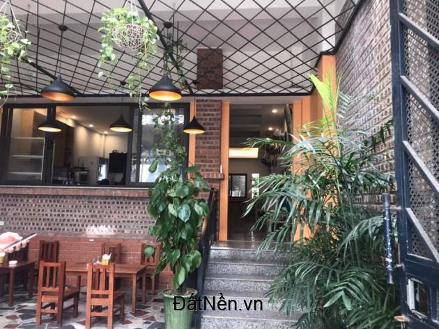Bán nhà riêng Phố Lạc Long Quân,diện tích 114m2 mặt tiền 6m.