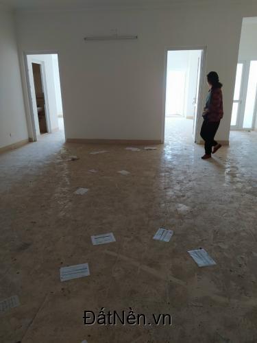 Bán căn hộ chung cư Đông Đô Hoàng Quốc Việt, Cầu Giấy, 101,9 m2 34tr/m2