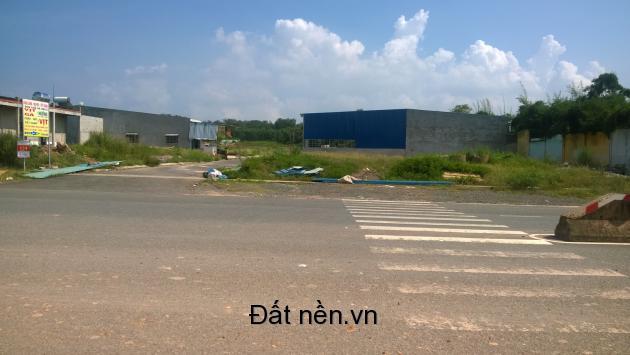 Bán đất sổ đỏ, thổ cư, đường rộng 40m, gần bò sữa Long Thành