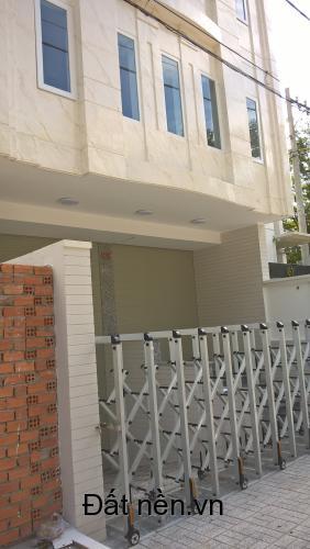 Cho thuê mặt bằng làm văn phòng khu Trung Sơn, mặt tiền Đường Số 3, diện tích 120m2 (6x20) + hầm giữ xe riêng