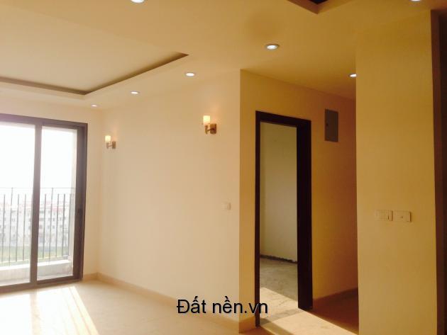 Bán chung cư Green Star 66,8m2 ban công Đông Nam giá rẻ