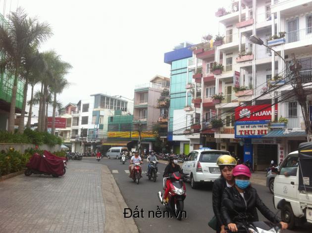 Bán: Khách sạn 12 phòng khu trung tâm Phường 1, Đà Lạt